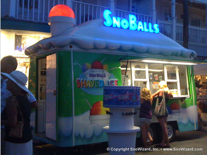SnoBall Trailer Graphics | SnoWizard, Inc